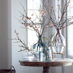 The super simple styling of these salmon quince branches feels like a breath of fresh air today. Vases Decor, Table Decorations, Decorating With Branches, Vase With Branches, Deco Floral, Deco Design, Diy Wood Projects, Flower Arrangements, Farmhouse Decor