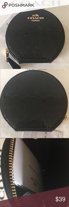 🆕COACH NEW COIN PURSE 💯AUTHENTIC COACH NEW NEVER USED WITH TAGS PATENT MONOGRAM COIN PURSE 100% AUTHENTIC. STUNNING AND STYLISH TOTALLY ON TREND! JUST BEAUTIFUL AND ELEGANT! IT HAS A ROUNDED ZIP CLOSURE. IT MEASURES 4 INCHES WIDE BY 3.75 INCHES TALL. THE COLOR IS BLACK Coach Bags Wallets