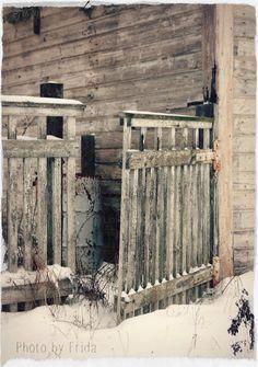 Koti kaupungin laidalla: Reposaaren talvimaisemaa ja arvonnan voittaja