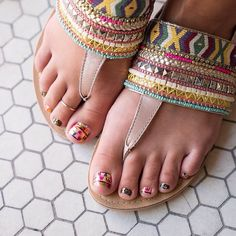 Love this pedi. Don't forget to order #GoForGold wraps to support our athletes! #WelcomeToRioJN #Jamberry