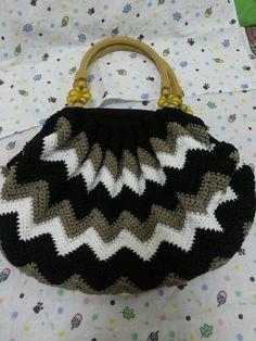 crochet hand bag #zigzag