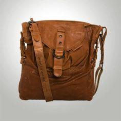 Leather bag // aunts & uncles