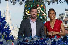 No próximo dia 25 de dezembro de 2015 a Disney irá apresentar Unforgettable Christmas Celebration - Disney Parks Christmas Day Parade - que irá ao ar através do canal ABC às 10:00 a.m. (EST) e 09:00 a.m. (CST, MST and PST). Mais uma vez Robin Roberts...