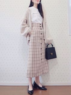 Pin by koDa on OC outfit ideas in 2020 Korean Girl Fashion, Korea Fashion, Japanese Fashion, Asian Fashion, Long Skirt Fashion, Modest Fashion, Hijab Fashion, Fashion Outfits, Fashion Moda
