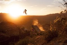 Cam Zink at Red Bull Rampage in Virgin, Utah, United States - photo by Laue - Pinkbike Mountain Biking, Road Bike Women, Cycling Bikes, Pro Cycling, Cycling Equipment, Top Of The World, Extreme Sports, Bike Life, Motocross