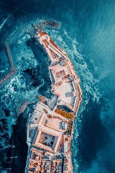 Ermioni, Greece, aerial photo Greek Islands, Santorini, Greece, Architecture, Beach, Places, Blue, Greek Isles, Arquitetura