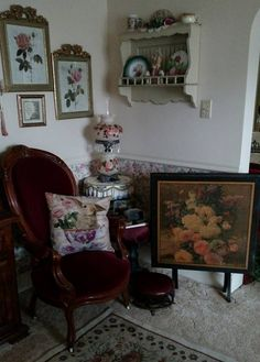 Vintage Flower Top Card Table Antique Poppy Flower