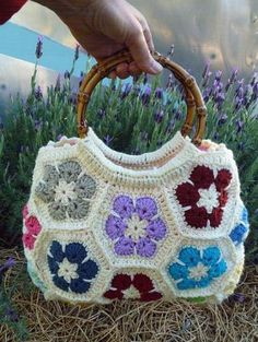 Creative Crochet Bag Patterns and Ideas - Life Chilli