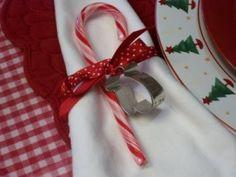 Candycane napkin ring