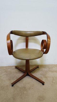 George Mulhauser Bent Wood Swivel Sultana Chair
