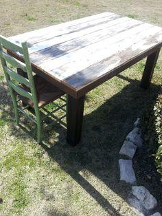 OLD BARN= NEW TABLE!!  www.dumpster-diva-mimi.blogspot.com