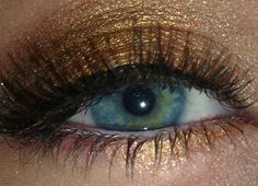 Make-Up for Blue Eyes: Golds to Rose Golds | Make-Up Anonymous