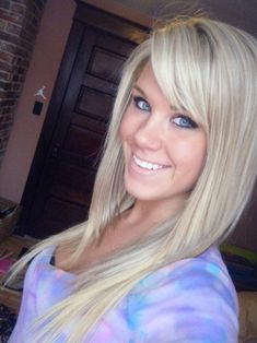 Blonde side swept bangs for long hair..love the hairstyle! Not the blonde though lol blonde is not for me