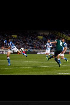 Kaka's cross Real Madrid, Soccer, Sports, Hs Sports, Futbol, Sport, European Football, Soccer Ball, Football