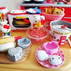 Hello Kitty Re-ment