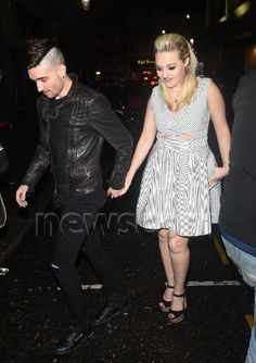 Tom e @MissKelseyH no evento beneficente Jog-On to Cancer Part 4 Party em Londres, na Inglaterra. (7 abr.)