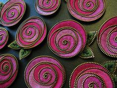 Getting the roses made by woolly fabulous, via Flickr More