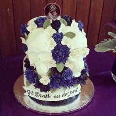Skull Grooms/Wedding Cake