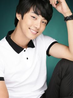 Yoon Shi Yoon ♥ 2009 High Kick Through the Roof ♥ 2010 Baker King, Kim Takgu ♥ 2011 Me Too, Flower! Seo Jae-hee ♥ 2013 Flower Boy Next Door Enrique Geum