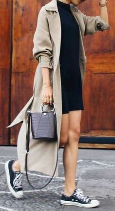 fall outfit ideas / cream trench coat + black dress