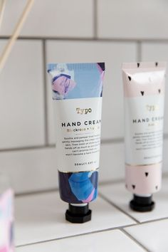 Sooth and pamper tired hands with our brand new and delicious smelling hand cream! Pretty Packaging, Beauty Packaging, Cosmetic Packaging, Gift Packaging, Corporate Design, Label Design, Branding Design, Box Design, Natura Cosmetics