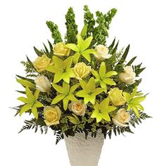 Express your deepest sympathy and fondest memories with this uplifting