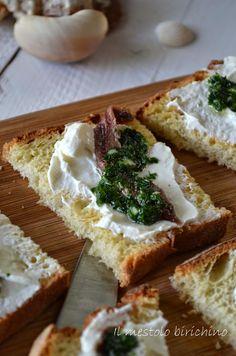 Bruschetta acciughe e salsa verde