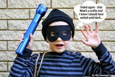 Sew+Can+Do+DIY+Burglar+Costume+Caught2.jpg 1.000×667 Pixel