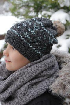 Ravelry: Huurre myssy pattern by Elina Hänninen Nepal, Ravelry, Knitted Hats, Winter Hats, Pattern, Diy, Knitting Ideas, Tricot, Accessories