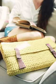 Free Crochet Pattern LaptopSleeve Laptop Sleeve : Lion Brand Yarn Company by wonderful911