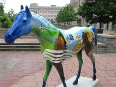 In 2000, LexArts brought Horse Mania to the streets of Lexington. Area businesses and organizations sponsored the 79 fiberglass horses that were decorated by local artists and served as public art throughout the summer. The  popular project has returned in 2010 with 82 horses. Horse Play, a companion project gave school children an opportunity to create foals that were displayed at Lexington public libraries.