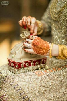 Knots me pretty Bridal Mehndi, Bridal Lehenga, Indian Bridal, Mehendi, Bridal Looks, Bridal Style, Wedding Wear, Wedding Bride, Bollywood