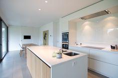 Modern Kitchen Design, Interior Design Kitchen, Kitchen Dinning Room, Cuisines Design, House Goals, Apartment Design, Home Kitchens, Interior Architecture, Sweet Home