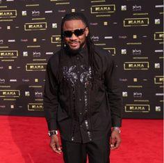 """C4 Pedro vence prémio de """"Melhor Artista Lusofono de 2016"""" nos MTV África Music Awards  https://angorussia.com/entretenimento/famosos-celebridades/c4-pedro-vence-premio-melhor-artista-lusofono-2016-nos-mtv-africa-music-awards/"""