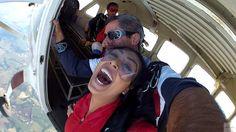 Radical   Amanda Djehdian e Clara Aguilar saltam de paraquedas   Jetss