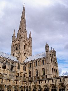 Norwich Cathedral: Spire and south transept.