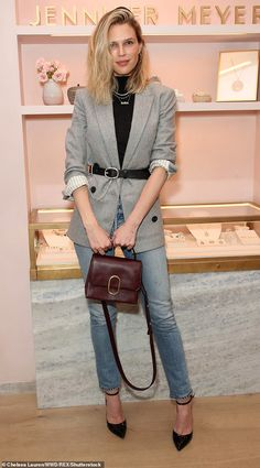 Chic: Sara Foster, was all business in a gray jacket belted over a black turtleneck an. Jennifer Meyer, Gray Jacket, Jacket Style, Black Turtleneck Outfit, Sara Foster, Casual Outfits, Fashion Outfits, Dressed To Kill, Office Fashion