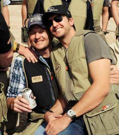 Blake Shelton and Luke Bryan <3