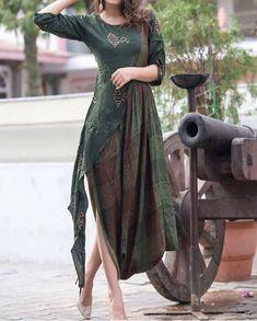Kurti Kurta Designs, Blouse Designs, Indo Western Kurti, Eid Collection, Western Outfits, Indian Designer Wear, Ethnic Fashion, Stylish Dresses, Indian Wear