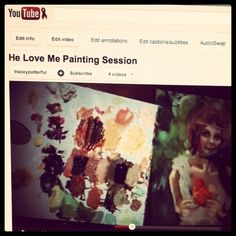 A video of Tracey Potter painting.