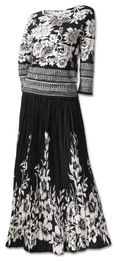 Black and white skirt and top from Southwest Indian Foundation catalog