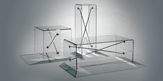 X-Ray Table Group  An expression of pure, minimal structure. The magic of transparent plastic married to the strength of steel. This design is remarkably strong yet light and clear at the same time. © 2010 BOULD DESIGN