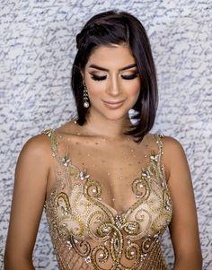 Seleção de vestido de festa dourado How To Make Hair, Make Up, Sequin Party Dress, Pin Up Style, Unique Recipes, Indian Beauty, Hair And Nails, Prom Dresses, Fancy