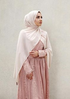 48 New Ideas Fashion Art Hijab Islamic Fashion, Muslim Fashion, Modest Fashion, Trendy Fashion, Fashion Outfits, Fashion Art, Modest Wear, Modest Dresses, Modest Outfits