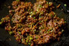 Masala Pav Recipe with stepwise pics. Masala Pav is basically pav stuffed with a spiced buttery onion, tomatoes and capsicum filling. Pav Recipe, Mumbai Street Food, Pav Bhaji, Spicy, Beef, Salt, Recipes, Meat
