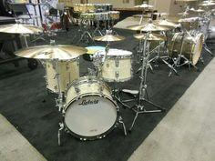 Ludwig Drums, Drums Art, Vintage Drums, Music Beats, Drummer Boy, Drum Kits, Drummers, Music Stuff, John Bonham