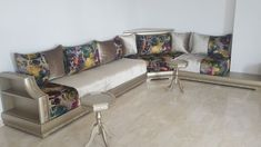 Moroccan Interiors, Moroccan Decor, Salons, Sofa Design, Woodworking Crafts, Living Room Decor, Couch, Khalid, Building