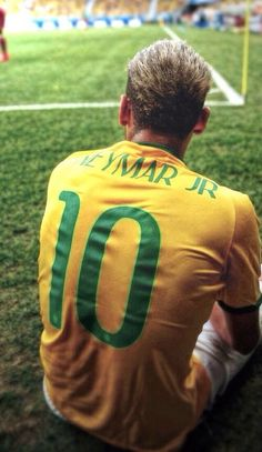 Neymar Jr na Mundialu w Brazylii Fc Barcelona Neymar, Neymar Jr Wallpapers, Paris Saint Germain Fc, Black Pink ジス, Neymar Football, Football Is Life, National Football Teams, Lionel Messi, Cristiano Ronaldo