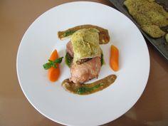 Gino D'Aquino /Pollo  2  piccole  varianti''( al forno  e involtino provenzale  con mollica di  pane)''  salsa alla melenzana   e pesto al basilico   / Gino D'Aquino