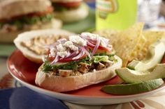 Spicy Chicken Torta with Bolillo Rolls Recipe Hot Dog Recipes, Fun Baking Recipes, Spicy Recipes, Sandwich Recipes, Great Recipes, Favorite Recipes, Yummy Recipes, Vegetarian Recipes, Sweets